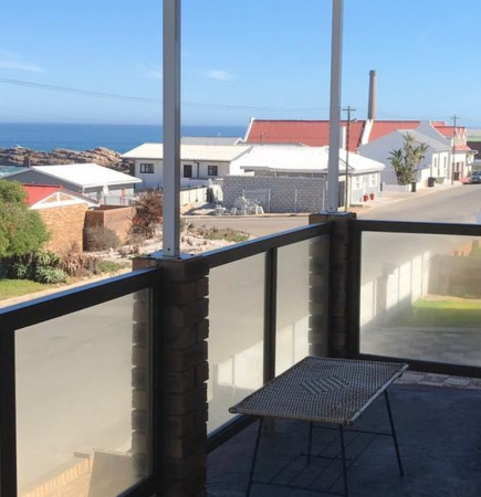 Bay House Self Catering Accommodation